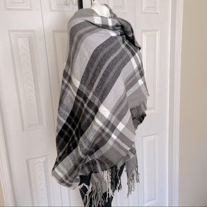 Elegant and Cozy Grey Plaid Blanket Scarf